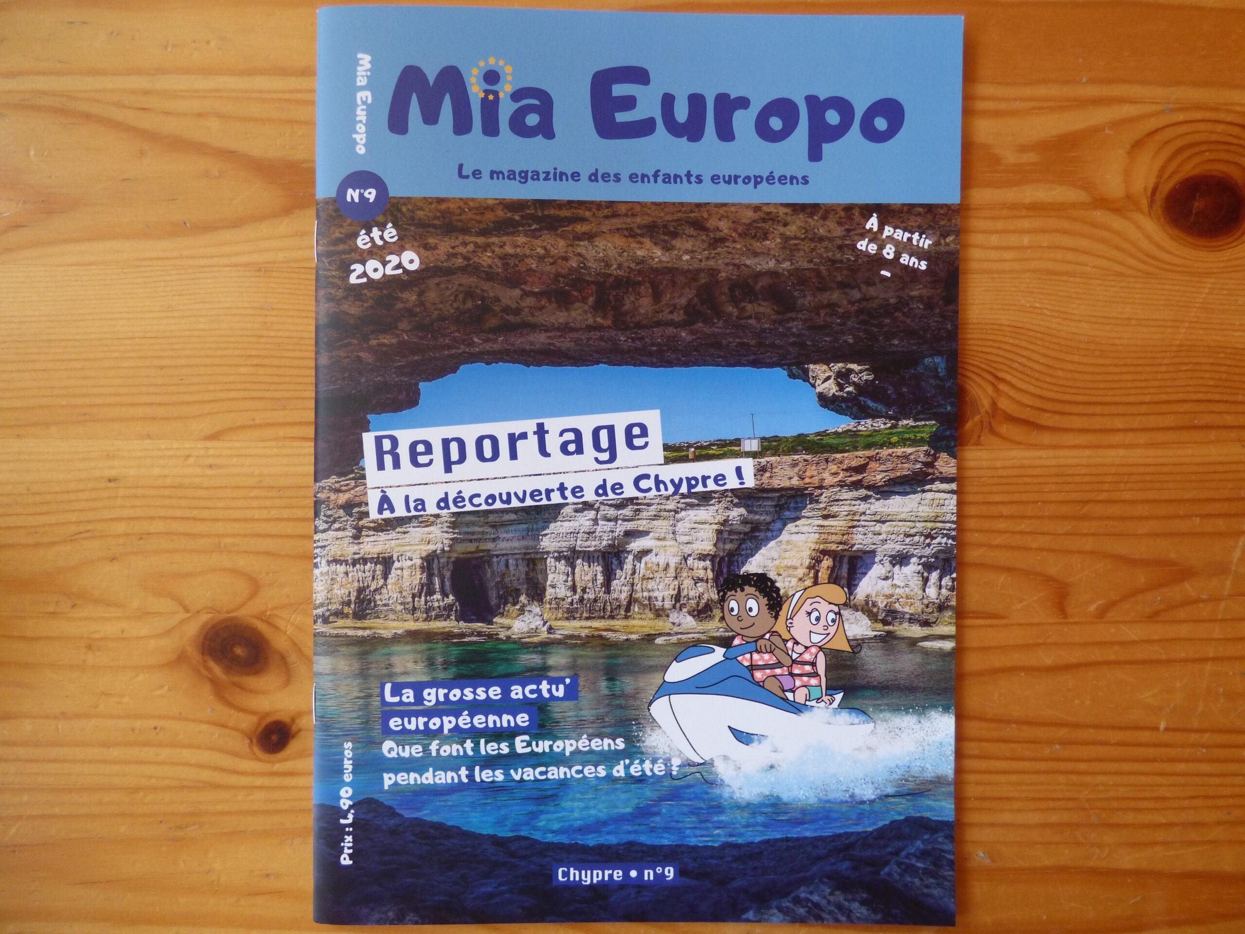 Mia Europo à Chypre, couverture
