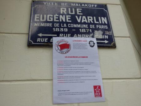 Plaque de rue sur la Commune