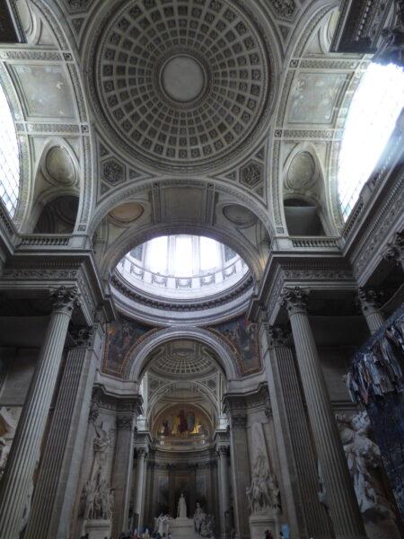 Panthéon, rez-de-chaussée